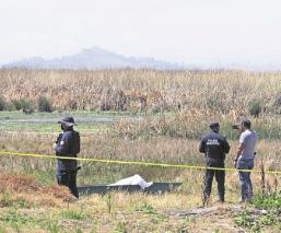 Rescatan cadáver de hombre ahogado en las cienegas del Lerma, en el Estado de México