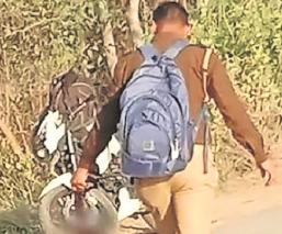Hombre decapita a su hija tras verla con su novio y se entrega a la policía, en India