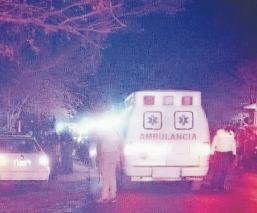 Chocan, se impactan contra una vivienda y muere una mujer en Morelos