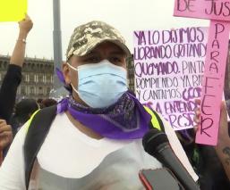 Mauricio, de los pocos que marcharon con colectivos feministas; mataron a su hija en 2020