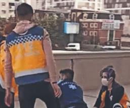 Por salvar su celular, un chavito muere tras caer desde un piso 12 en Turquía