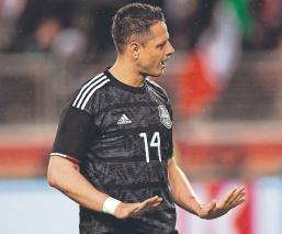 'Chicharito' Hernández divide opiniones entre jugadores sobre su participación en el Tri
