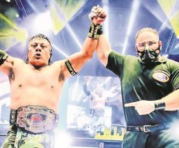 Último Guerrero dejó en el camino al Diamante Azul, sigue en el trono de los pesados