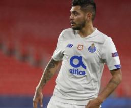 """""""Tecatito"""" Corona y el Porto son eliminados de la Liga de Campeones"""