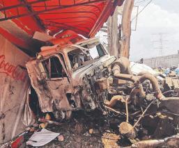Así estuvo el accidente que dejó tres muertos sobre la autopista México-Toluca