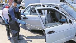 Evitan el Covid-19 con sanitización en taxis en Morelos