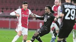 Con Edson Álvarez de titular, el Ajax se clasifica a octavos de final de la Europa League