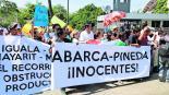 AMLO ofrece protección caso Ayotzinapa