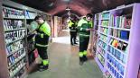 Recolectores de basura crean biblioteca Libros desechados Turquía