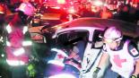 Acaban la fiesta entre fierros tras chocar dos autos de frente, en Cuernavaca