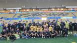 Maradona convive con niños que padecen cáncer