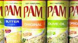 Latas de aceite Pam explotan y queman lente de contacto de una persona