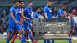 Afición de Cruz Azul estalla y le exige hu#$%& a los jugadores