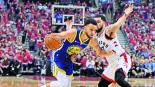 Los Warriors vencen Raptors