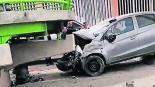 ladrones roban vehículo chocan perseguidos policías detenidos toluca-tenango
