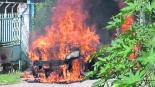 queman taxi se hace pasar por cliente rocían gasolina por no pagar derecho de piso Temixco