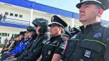 policías uniformes código QR escánder datos personales encriptados anticlonación toluca
