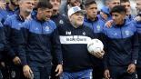 Maradona es presentado como técnico de Gimnasia entre lágrimas y cánticos