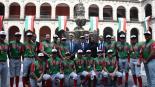 Campeones infantiles recibidos en Palacio Nacional