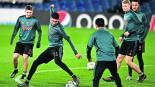 edson álvarez partido juego ajax chelsea champions league lesiones recientes está listo