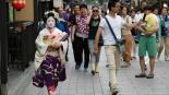 Geishas multas a turistas