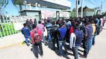 Normalistas de Tenería se manifiestan en Edomex; señalan trabas de director del SEIEM