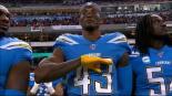 Michael Davis es suspendido por la NFL