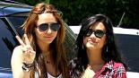Miley Cyrus y Demi Lovato animaron a Joe Jonas a drogarse