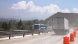 El desgajamiento de un cerro en la autopista Querétaro-México provocó la muerte de 7 personas. Fuente: SCT.
