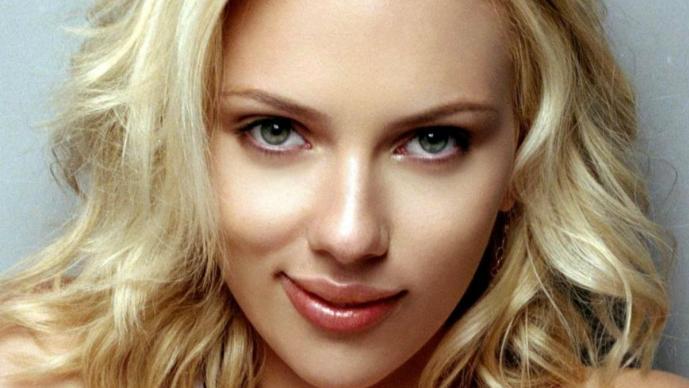 Scarlett Johansson Aparece Otra Vez Desnuda Pero En Video El
