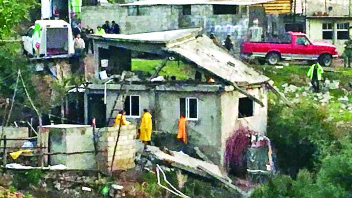 Polvorín provoca explosión en Zinacantepec; hay dos muertos