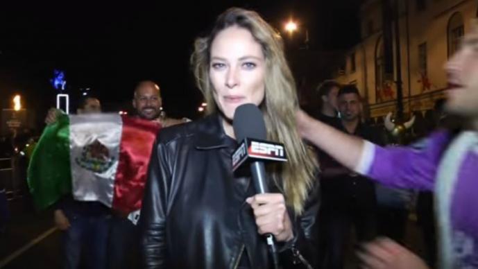 Fan acosa a Vanessa Huppenkothen en vivo