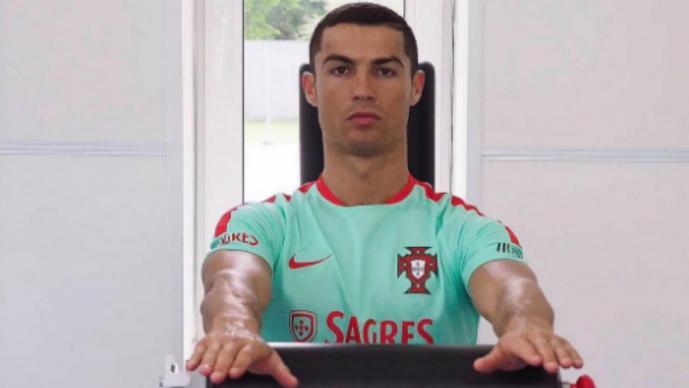 Cristiano abandona la Copa Conderaciones por nacimiento de sus dos hijos