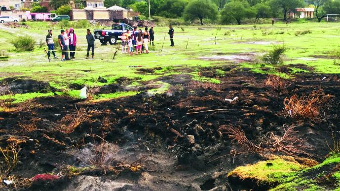 Alertan de posible nacimiento de volcán en Michoacán