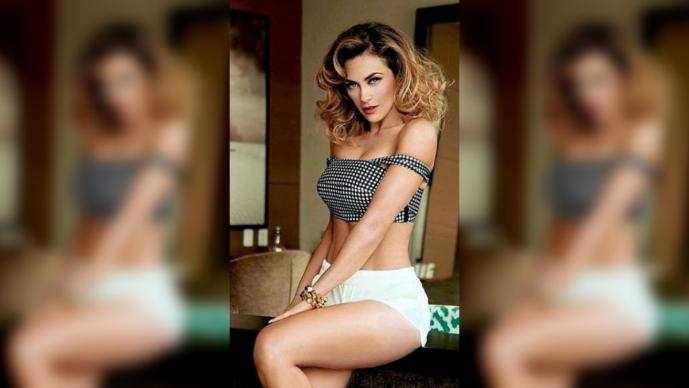 aracely-arambula-bikini-pics-anal-making-man-sex-together-woman