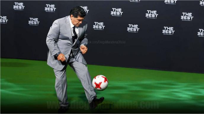 Maradona demuestra que su mágica zurda sigue intacta