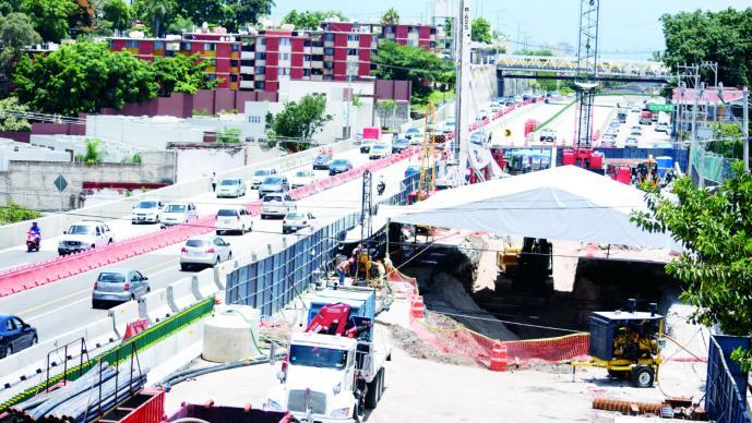 Ingenieros localizan 27 irregularidades en construcción del Paso Express