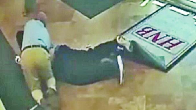 Cliente impide robo a mano armada en banco de Pensilvania