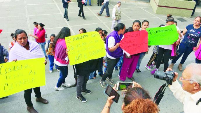 Padres de familia acusan de violador a profesor de escuela de Ocoyoacac