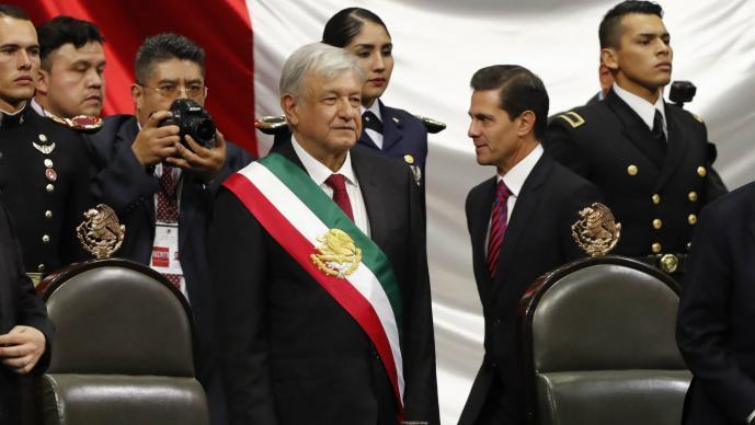 Inicia sesión de Congreso General para investidura de López Obrador