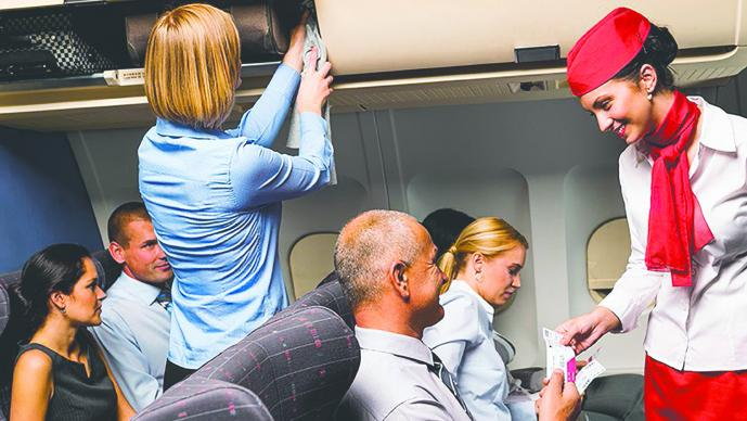 Compra 6 vuelos para pasar Navidad con su hija azafata