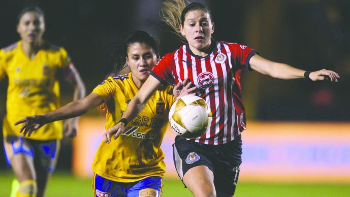 Chivas retiraría becas y sueldo a algunas jugadoras