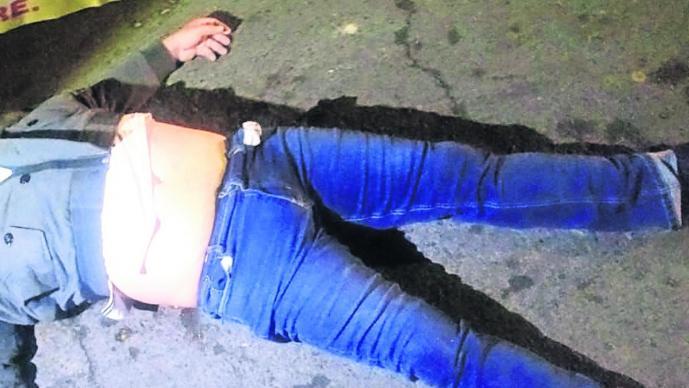 Grupo armado cadáver hombre balacera Cuernavaca