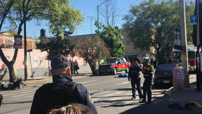 mujer atropellada patrulla cdmx iztacalco