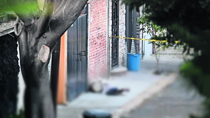 Delincuentes engañan padre hijo disparan Naucalpan