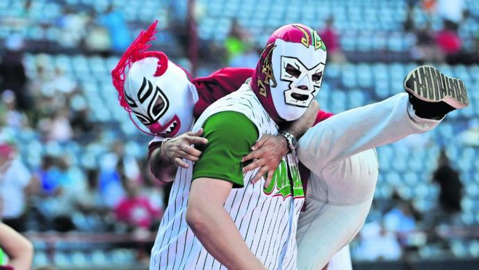 Serie del Caribe de Panamá aficionados color alegría beisbol latinos