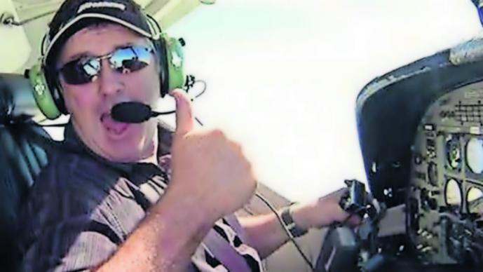 piloto búsqueda Emiliano Sala avioneta restos familia campaña fondos David Ibbotson