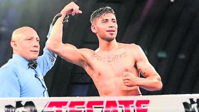 boxeador morelense cuadrilátero décima victoria Brian González