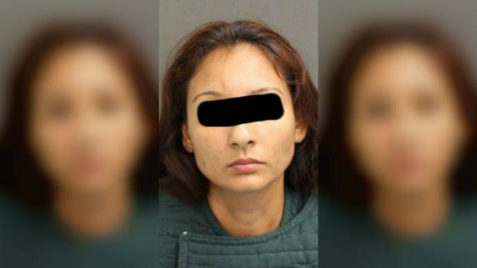 mujer asesina a su hija apuñala niña de 11 años