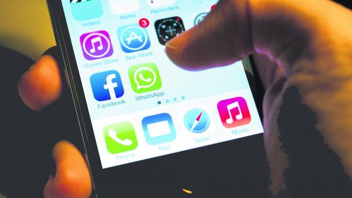 Mensaje Falso WhatsApp Pérdida de contactos